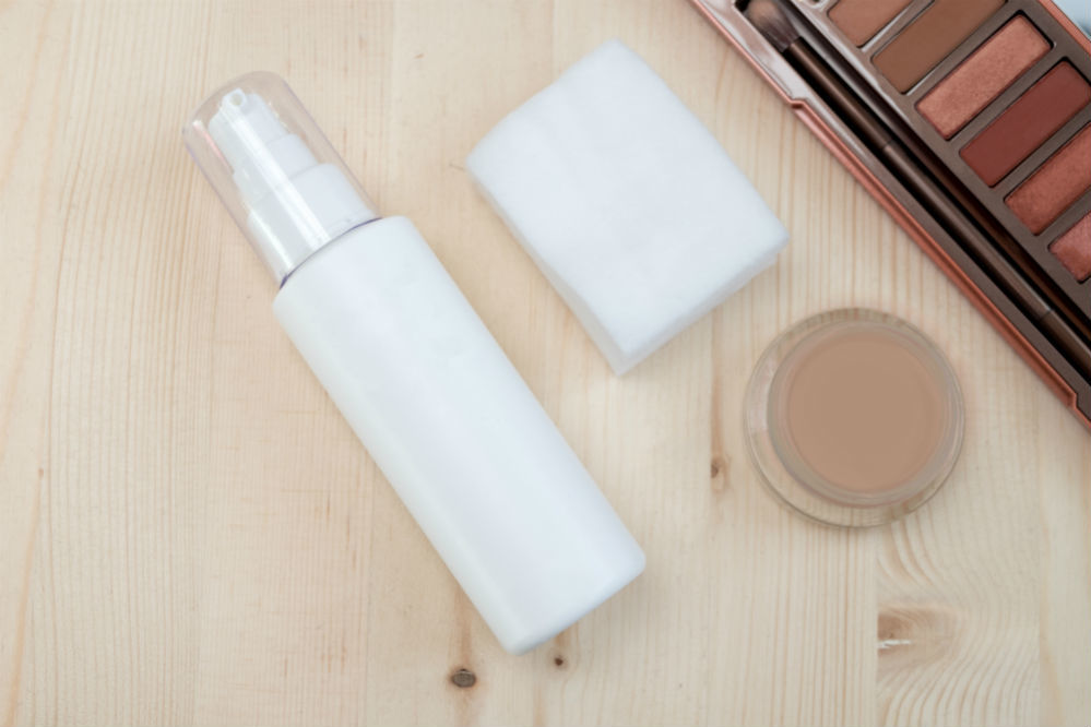 Best Makeup Setting Spray: Keeping Composition and Vibrancy of Colors